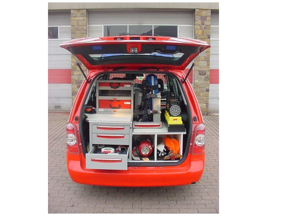 Ford Ranger 4 x 4 met hard top Leverancier: Garage Meeus bvba, Londerzeel Opbouw: Valck nv, Vilvoorde cc 2500 Tdi diesel dubbele cabine lier 2720 kgs