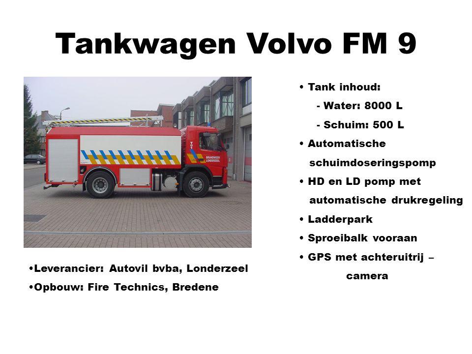 Tankwagen Volvo FM 9 Leverancier: Autovil bvba, Londerzeel Opbouw: Fire Technics, Bredene Tank inhoud: - Water: 8000 L - Schuim: 500 L Automatische sc