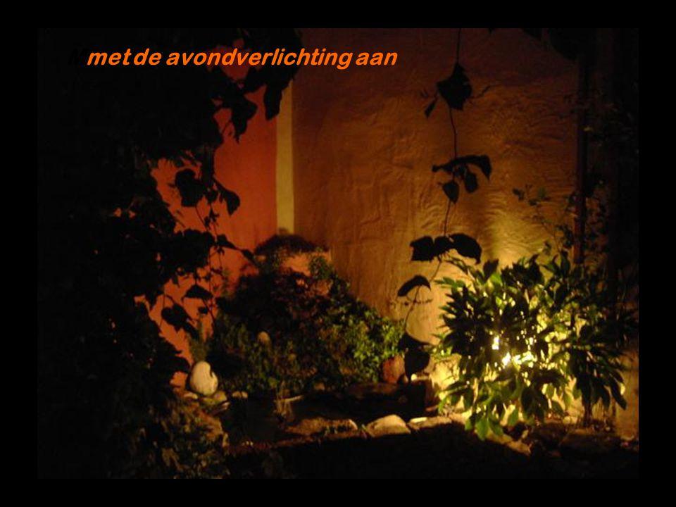 Mmet de avondverlichting aan