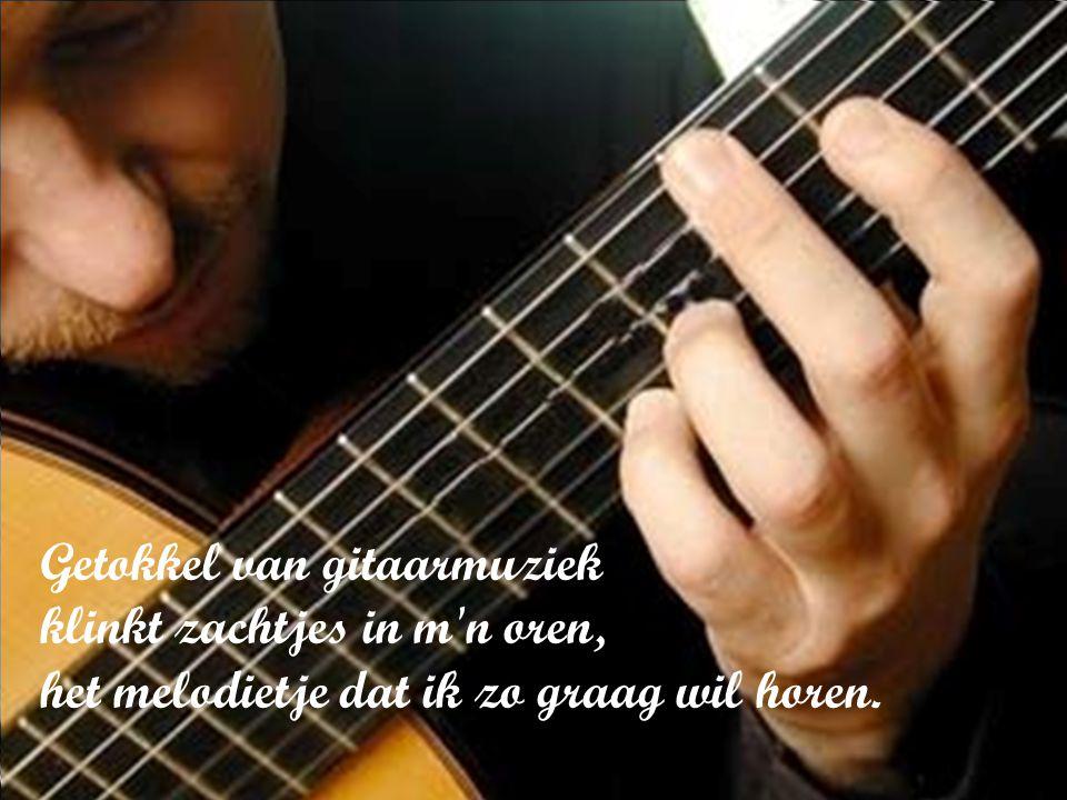 Ik geef me over aan de roes van de muziek en geniet van wat het leven biedt.