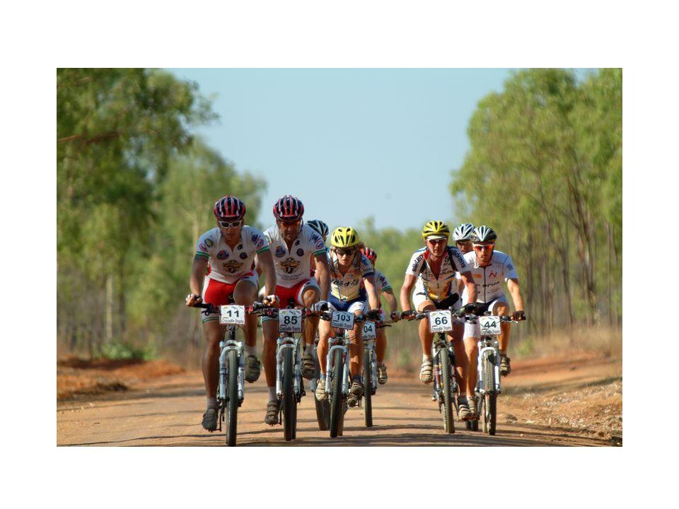 Roeland Suys Leeftijd : 25 jaar Woonplaats : BORNEM-HINGENE Sportief paspoort : Ronde van Senegal 2008 Diverse wielerwedstrijden Ambities: De ploeg zo goed mogelijk bijstaan waar nodig zowel op vlak van verzorging en techniek.