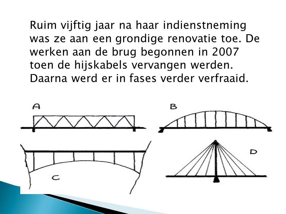 Zo werden het brugdek en de hijskabels vernieuwd en werd de oude grijsgroene kleur vervangen door een frisse azuurblauwe kleur.
