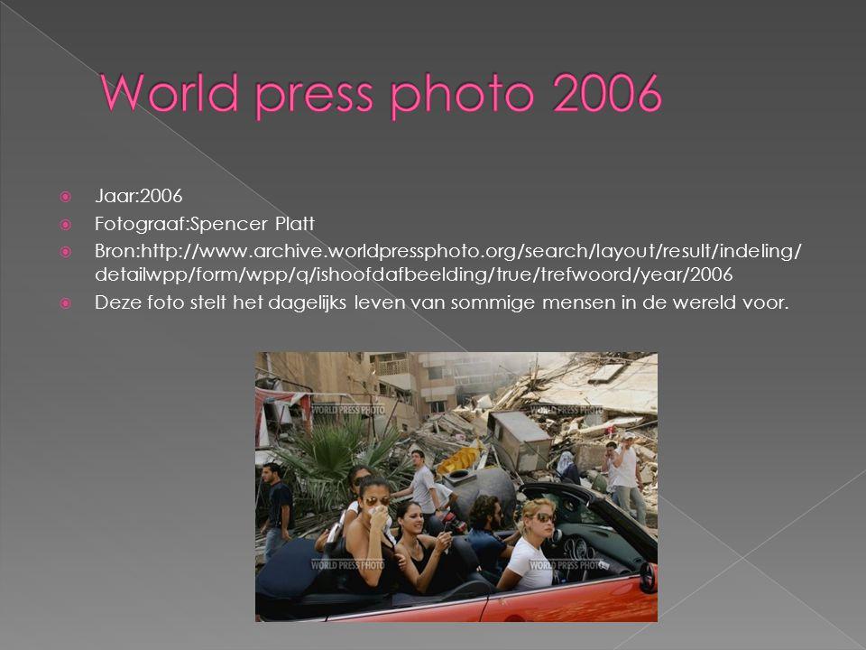  Jaar:2007  Fotograaf:Cédric Gerbehaye  Bron:http://www.archive.worldpressphoto.org/search/layout/result/indeling/ detailwpp/form/wpp/start/14/q/ishoofdafbeelding/true/trefwoord/year/200 7  Deze foto geeft het beeld weer van een aantal nieuws verhalen van het jaar 2007.