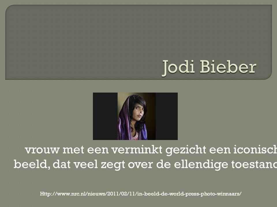 vrouw met een verminkt gezicht een iconisch beeld, dat veel zegt over de ellendige toestand Http://www.nrc.nl/nieuws/2011/02/11/in-beeld-de-world-press-photo-winnaars/