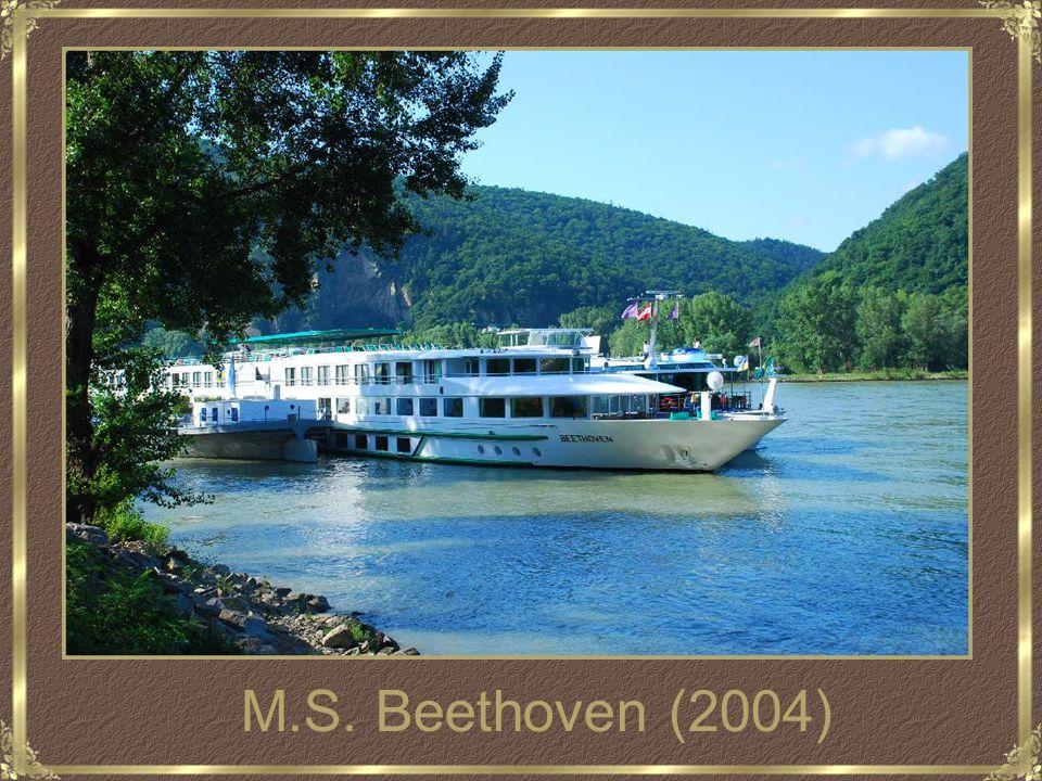 Cruise op de Donau Van Boedapest (Hongarije) Naar Passau (Duitsland)