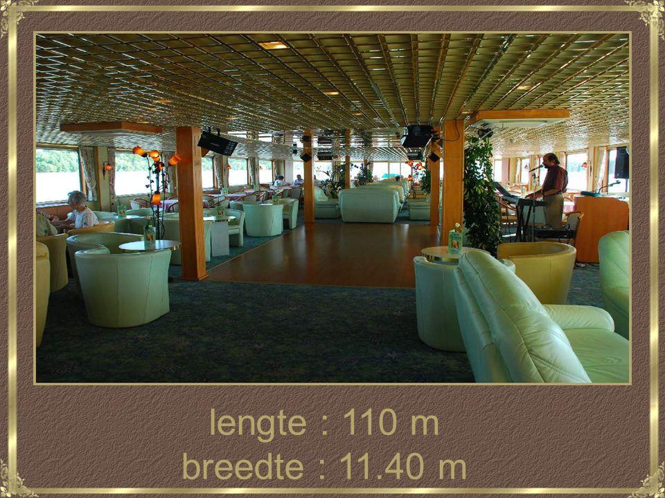 lengte : 110 m breedte : 11.40 m