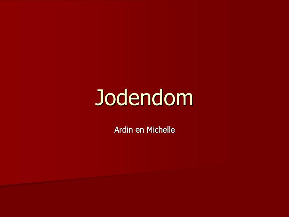 Jodendom 3 hoofdrichtingen 3 hoofdrichtingen  Ortodox  Masorti  Liberaal Als je moeder joods is ben je zelf ook joods.