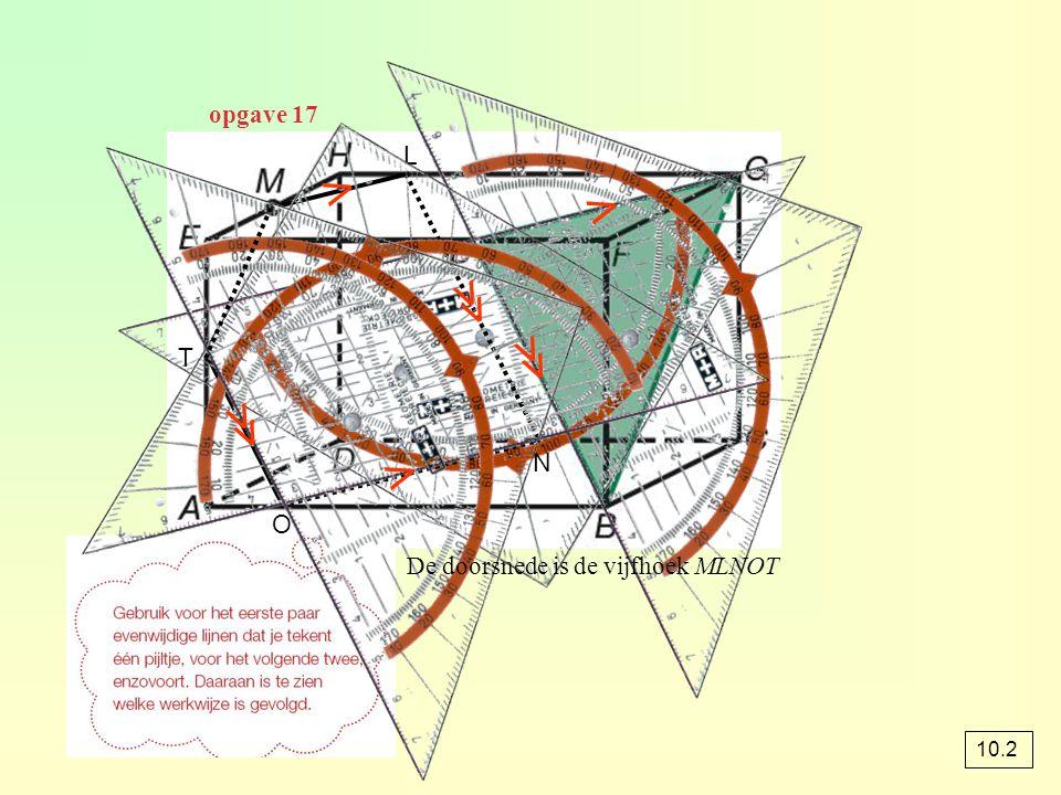 opgave 24 4 ½ ½ 2 2 M a In ∆CFM : FM = √(4 2 + 2 2 ) = √20 = 2√5 ∆CPQ is een vergroting van ∆CAB met factor Dus PQ = ¼ · AB = ¼ · 4 = 1 O(∆PQF) = ½ · PQ · FM O(∆PQF) = ½ · 1 · 2√5 = √5 2