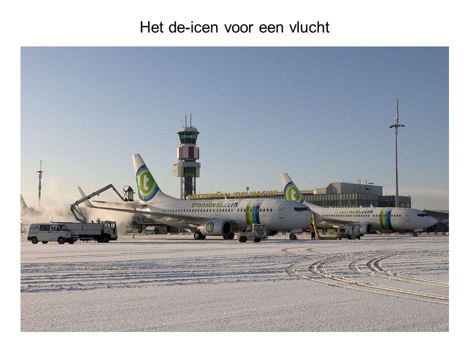 Het de-icen voor een vlucht