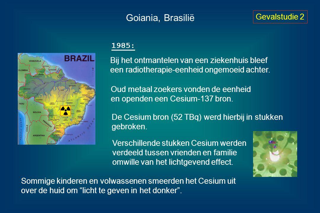 Goiania, Brasilië Gevalstudie 2 Bij het ontmantelen van een ziekenhuis bleef een radiotherapie-eenheid ongemoeid achter. Oud metaal zoekers vonden de