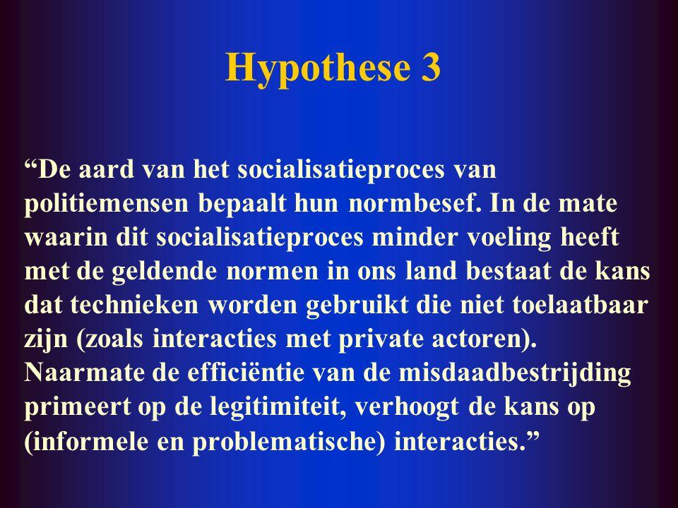 Hypothese 2 De toename van de grootschaligheid van de economische, financiële en informationele macht van private ondernemingen is gepaard gegaan met een toename van hun invloed op de opsporing van misdrijven waar zij het slachtoffer van zijn geworden of dreigen te worden.