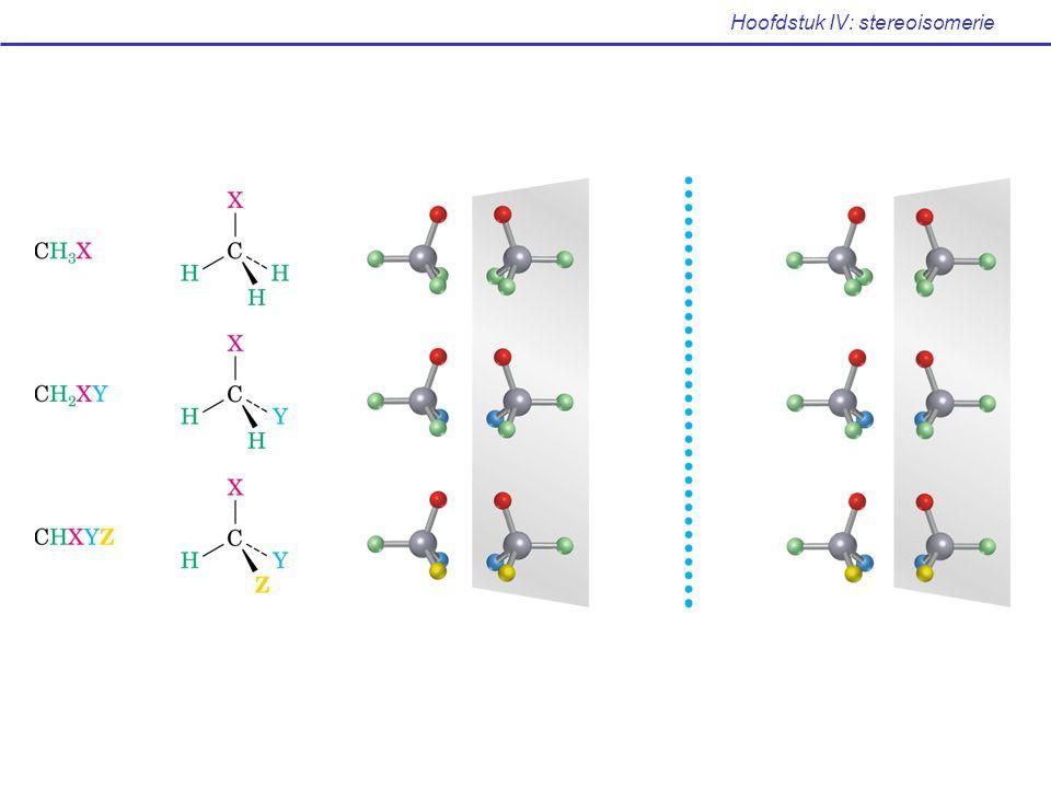 Hoofdstuk IV: stereoisomerie oriënteer de molecule zdd de groep met laagste prioriteit naar achter wijst, weg van u kijk naar de overblijvende drie substituenten 1  2  3 : wijzerzin, R-configuratie (latijn: rectus = rechts) 1  2  3 : tegenwijzerzin, S-configuratie (latijn: sinister = links) regel 3: meervoudig gebonden atomen zijn equivalent aan hetzelfde aantal enkelvoudig gebonden atomen