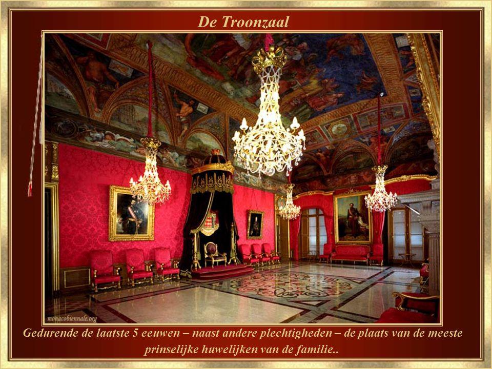 Het Grimaldi Paleis Sinds 1297 tot nu de officiële residentie van de Prinsen van Monaco