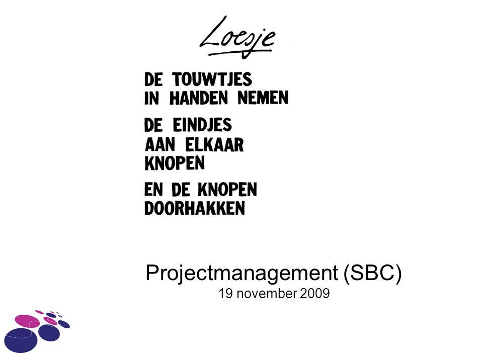 Projectmanagement Project kenmerken Bestuurstechnieken Rollen Zes fasen en methoden Knelpunten Bron: Reader IAM projectmanagement versie 0.1, Wouter Baars, http://www.wouterbaars.nethttp://www.wouterbaars.net.
