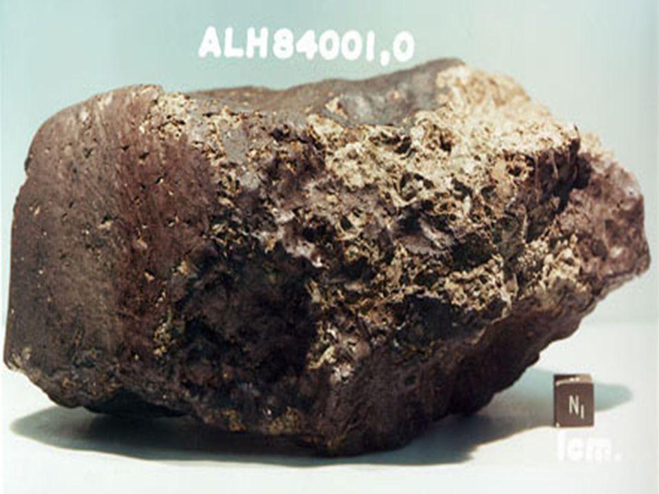 7000 bekend, meeste 100 km of kleiner Mogelijk in totaal 100.000 ( planeet < 1500 km) (onderlinge afstand groter dan aarde-maan) Asteroïden