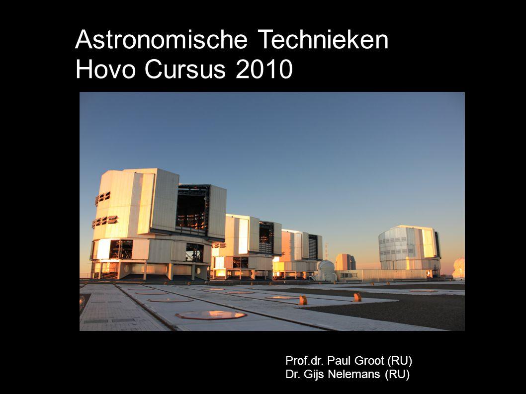 Opbouw van de cursus 15/3: - Berichten uit de ruimte - Ontvangers op AardePaul Groot 22/3:- Telescopen en detectoren - De perfecte waarnemingGijs Nelemans 12/4:- Telescopen in de ruimte - De invloed van de atmosfeerGijs Nelemans 19/4: - Radio telescopen - Interferometrie: meer met minderPaul Groot 26/4:- Excursie naar sterrenwacht RU - Instrumentontwikkeling Afdeling SterrenkundeBeide 3/5:- Fotonen voorbij: neutrino s, gravitatiegolven - Telescopen van de toekomstPaul Groot
