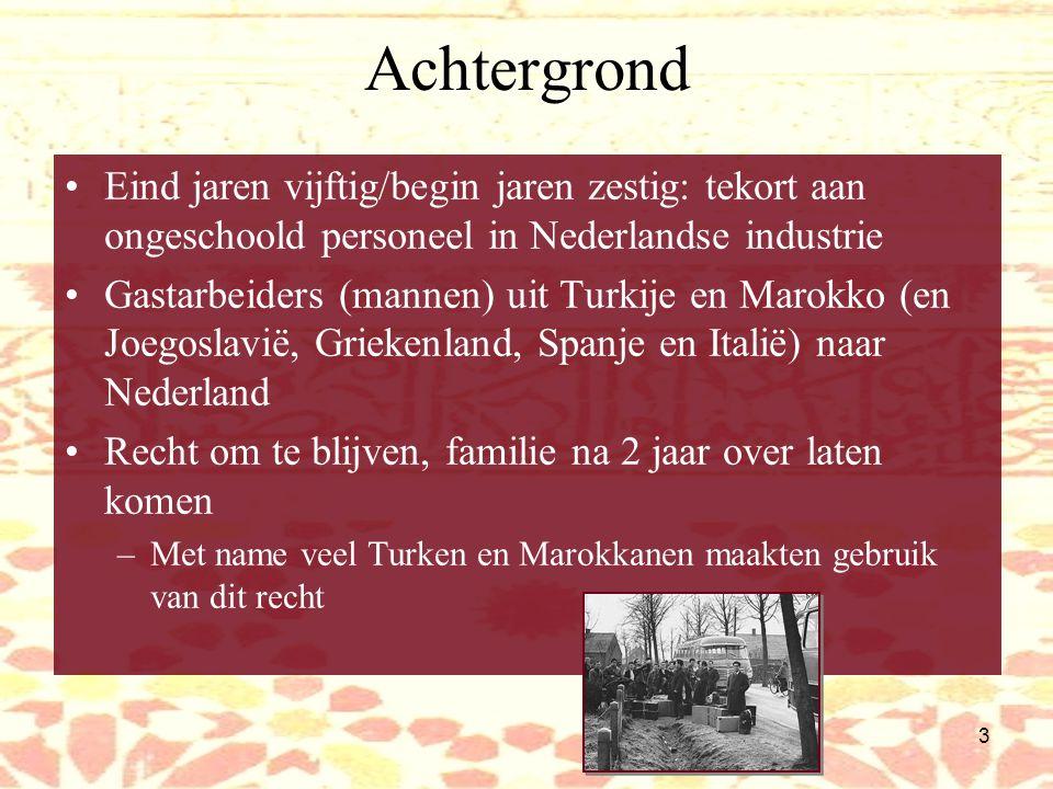 13 Het Nederlands van Turken Fonologie: Vanuit Turks te verklaren: /r/  /rz/ /k/  /kj/ (in sommige gevallen) –Ikj denkj Lettergreepstructuur: –Opeenvolging medeklinkers: klinker ingevoegd: fles  files medeklinkers gescheiden door pauze: zoekt  zoek-t Nederlands:  /sr/Schreuder, schreeuwen Turks-Nederlands:  /s  / Geen sjwa in 1 e lettergreep: gevonden  givonden, gvonden Palatalisering van /j/ na /t/: hondje  hon[  ]e (als in Eng.