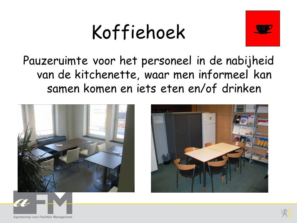 Koffiehoek Pauzeruimte voor het personeel in de nabijheid van de kitchenette, waar men informeel kan samen komen en iets eten en/of drinken