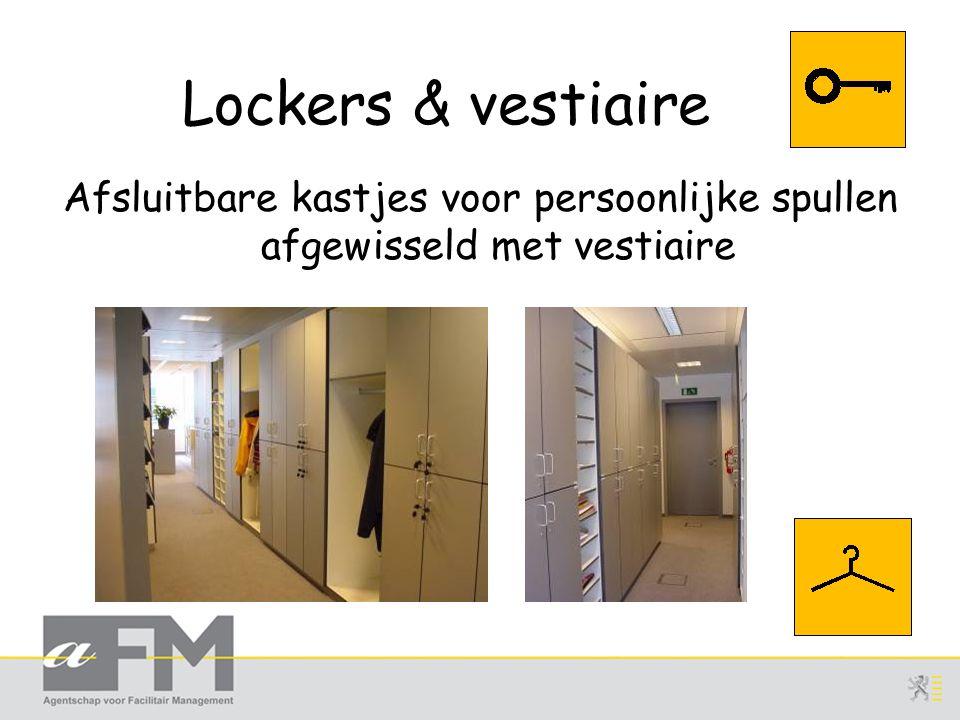 Lockers & vestiaire Afsluitbare kastjes voor persoonlijke spullen afgewisseld met vestiaire