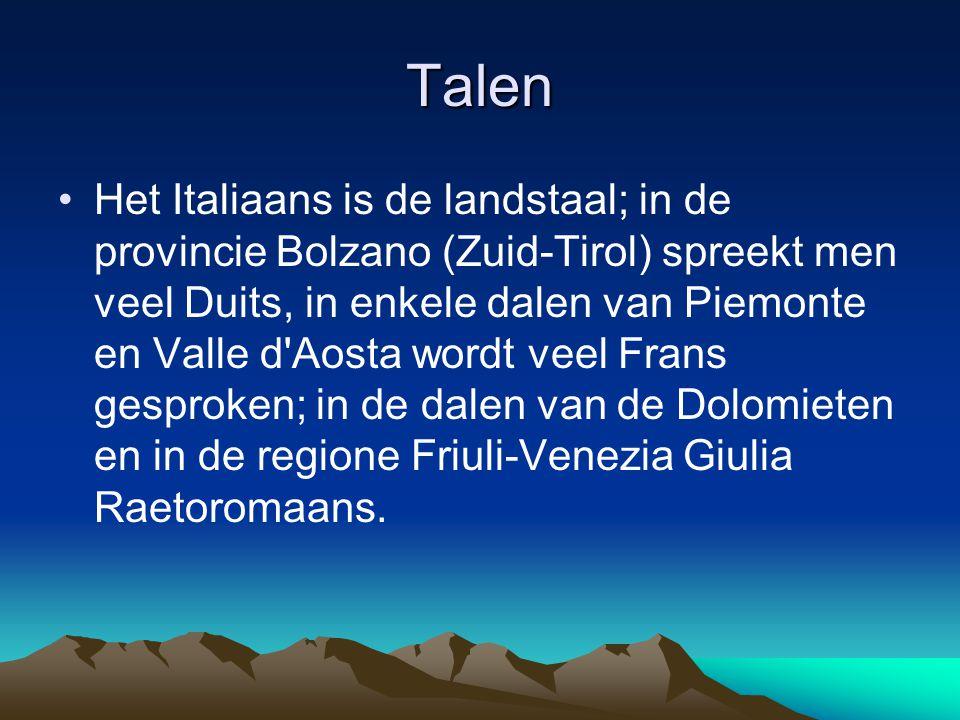 Talen Het Italiaans is de landstaal; in de provincie Bolzano (Zuid-Tirol) spreekt men veel Duits, in enkele dalen van Piemonte en Valle d'Aosta wordt