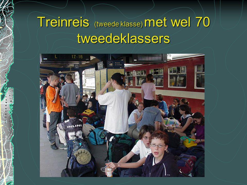 Treinreis (tweede klasse) met wel 70 tweedeklassers