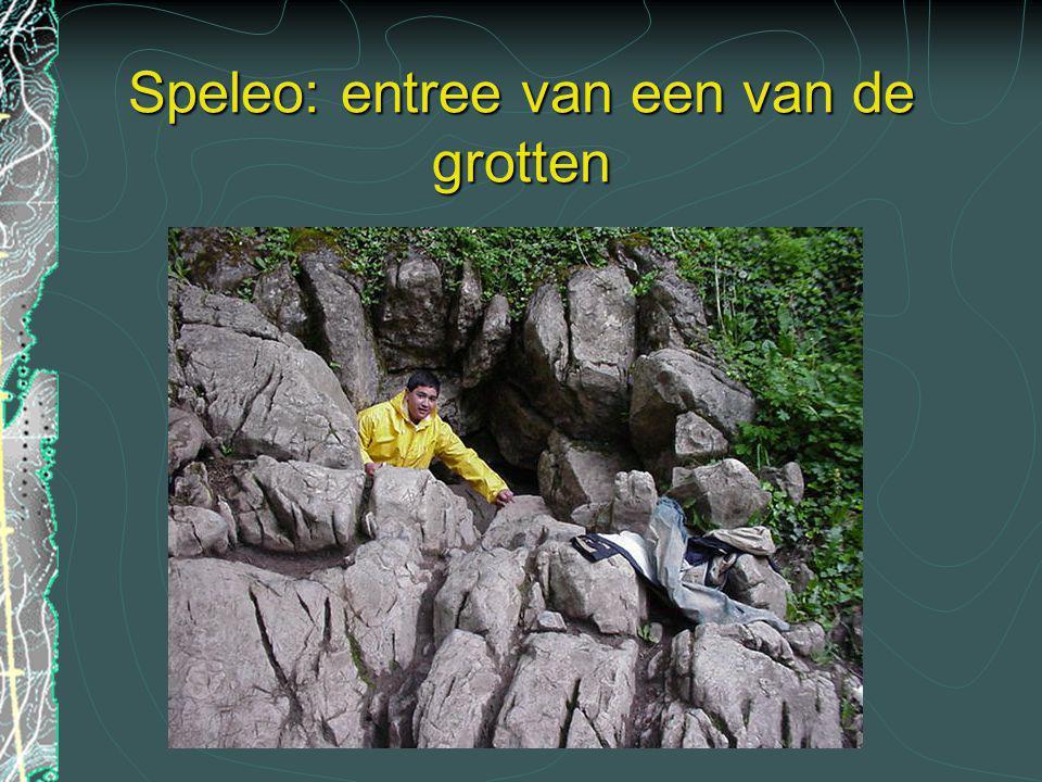 Speleo: entree van een van de grotten