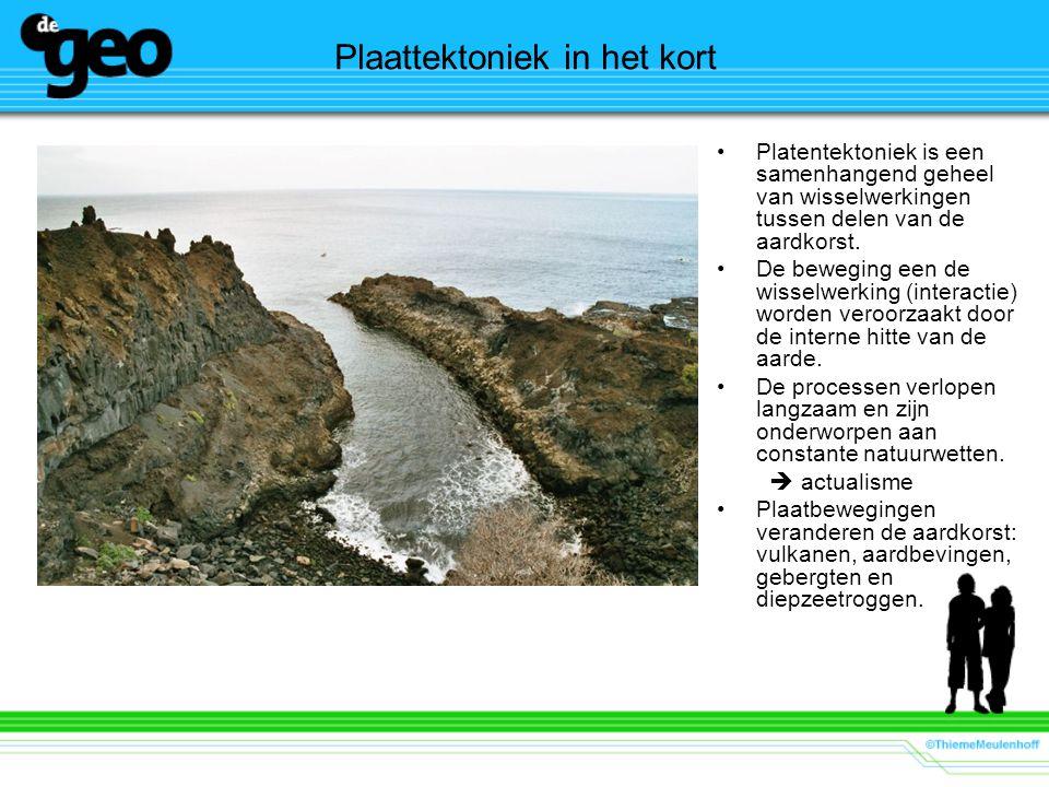 Plaattektoniek in het kort Platentektoniek is een samenhangend geheel van wisselwerkingen tussen delen van de aardkorst. De beweging een de wisselwerk