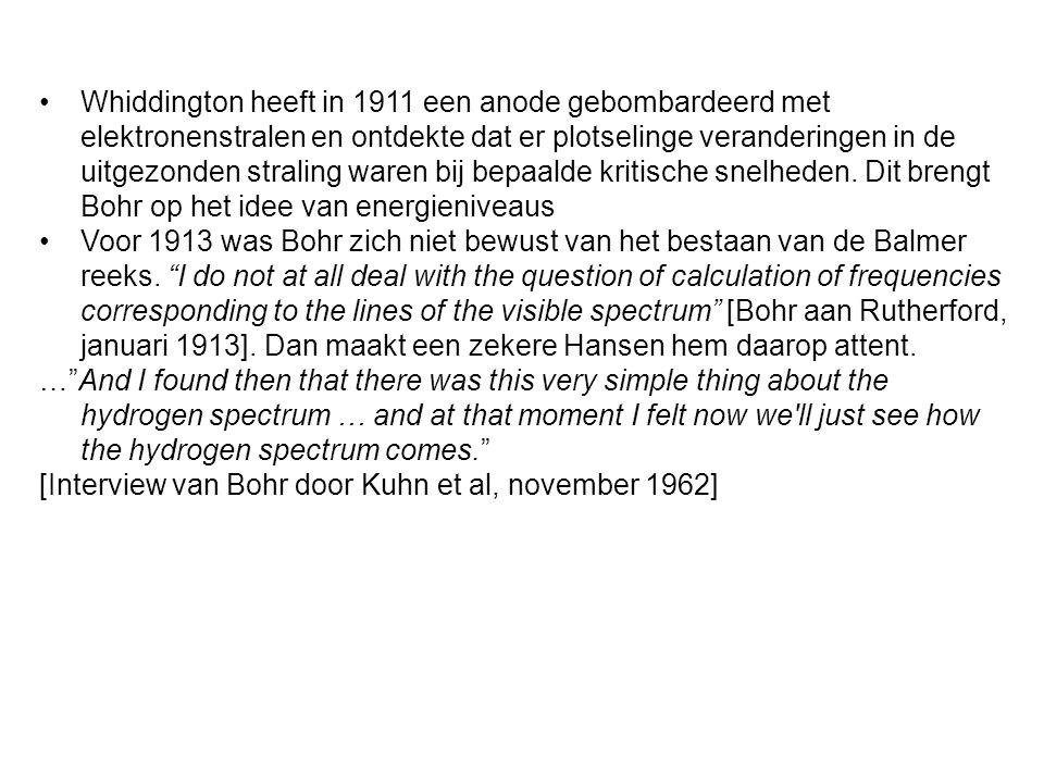 Whiddington heeft in 1911 een anode gebombardeerd met elektronenstralen en ontdekte dat er plotselinge veranderingen in de uitgezonden straling waren