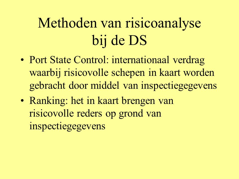Recente ontwikkelingen 1.Een verkennend onderzoek 'Risk Based Inspection, In Ontwikkeling' Gebaseerd op openbare gegevens betreffende Uitspraken van de Raad voor de Scheepvaart en Inspectieresultaten van Buitenlandse Autoriteiten in het kader van Port State Control Naar aanleiding van het onderzoek 'Risk Based Inspection' is het project 'Toezicht Bemanningen' gestart 2.Project 'Expert Meetings': centrale vraag wat zijn de risico's op de Nederlandse koopvaardij