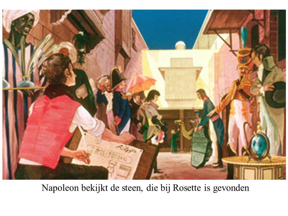 Napoleon bekijkt de steen, die bij Rosette is gevonden