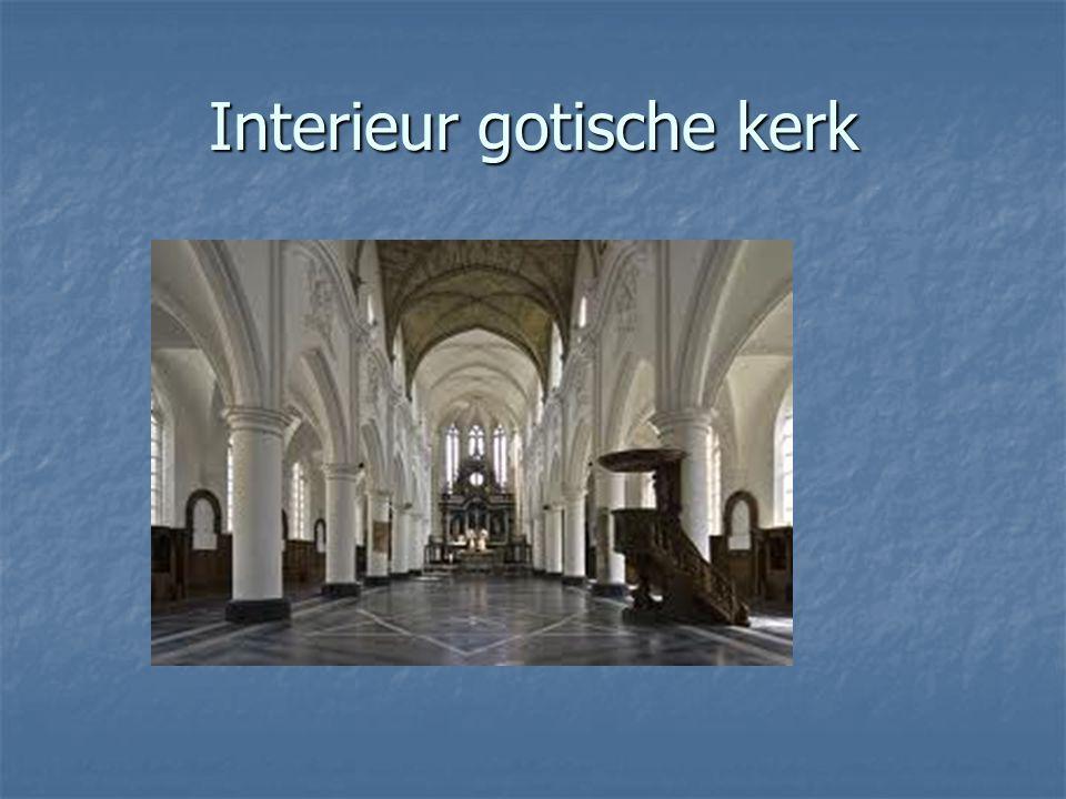 Interieur gotische kerk