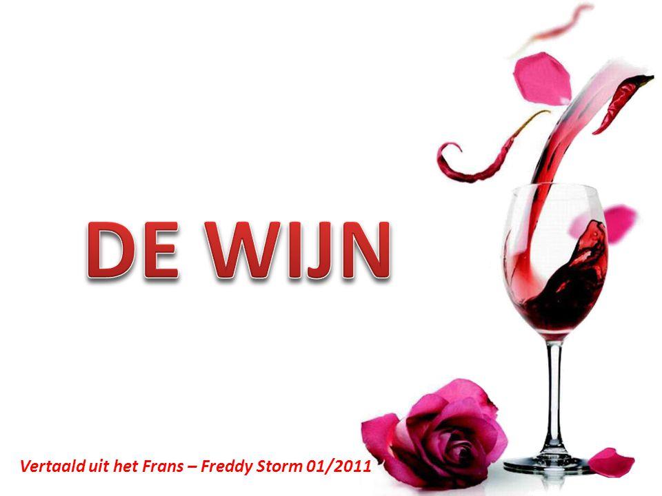Inktglans, donkerrode kleur: Zonder twijfel een bordeaux of een zuiderse wijn.