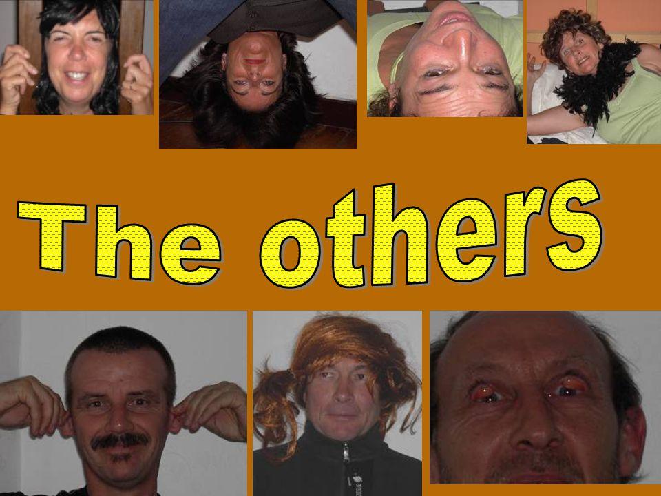 OPDRACHT Maak van ieder lid een karakterfoto Maak van ieder lid een karakterfoto