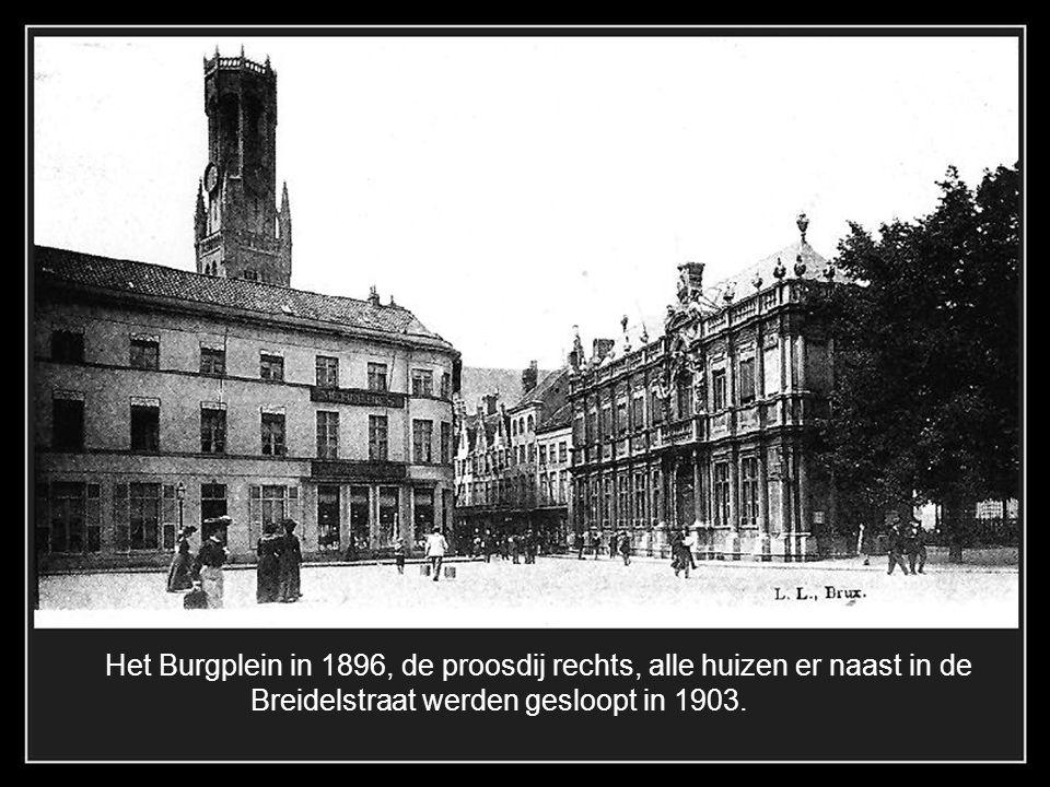 De Oude Burg 1899 De dichtgemetselde hallen voor een beschermde opslagplaats Het vroege Vlaams Huis op de hoek van de hallestraat kreeg een andere gev
