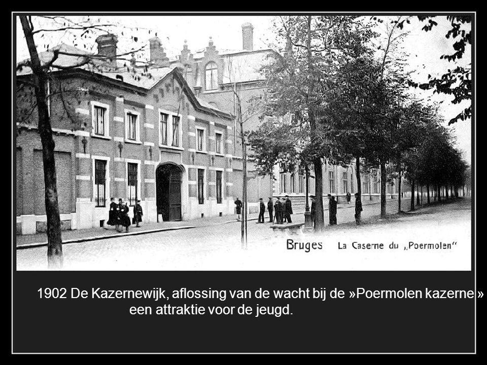 1896 St. Clarastraat Kapel van de voormalige abdij Hemeldal, gesloopt in 1954. Nu Koninklijk Atheneum.