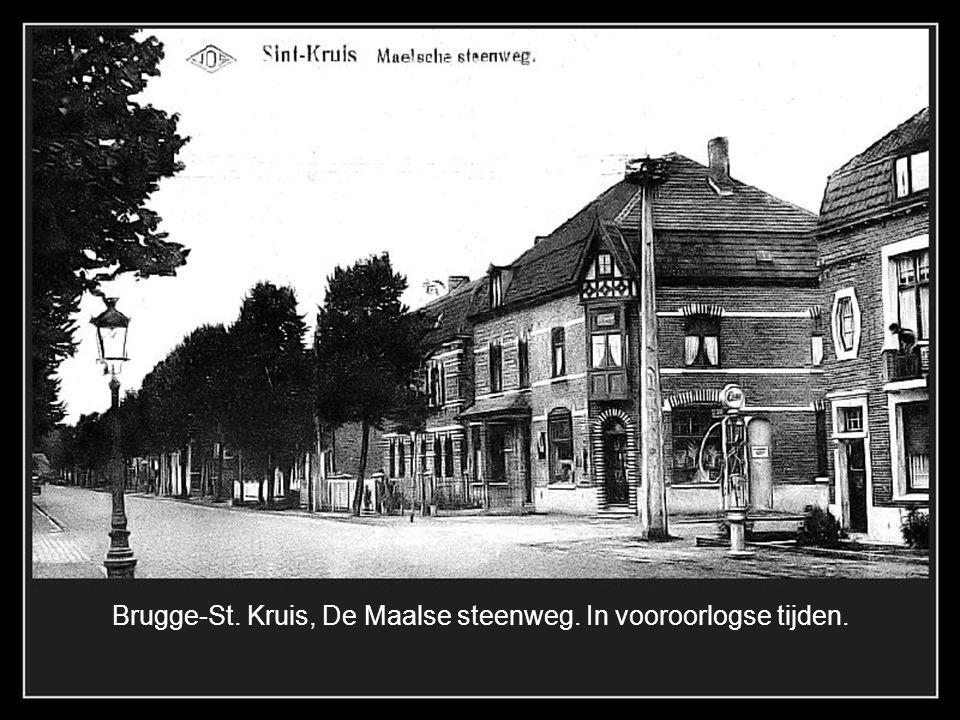 Brugge-St. Michiels 1902, de molen van de famillie Van Maele in de Rijselsestraat gesloopt in 1914.