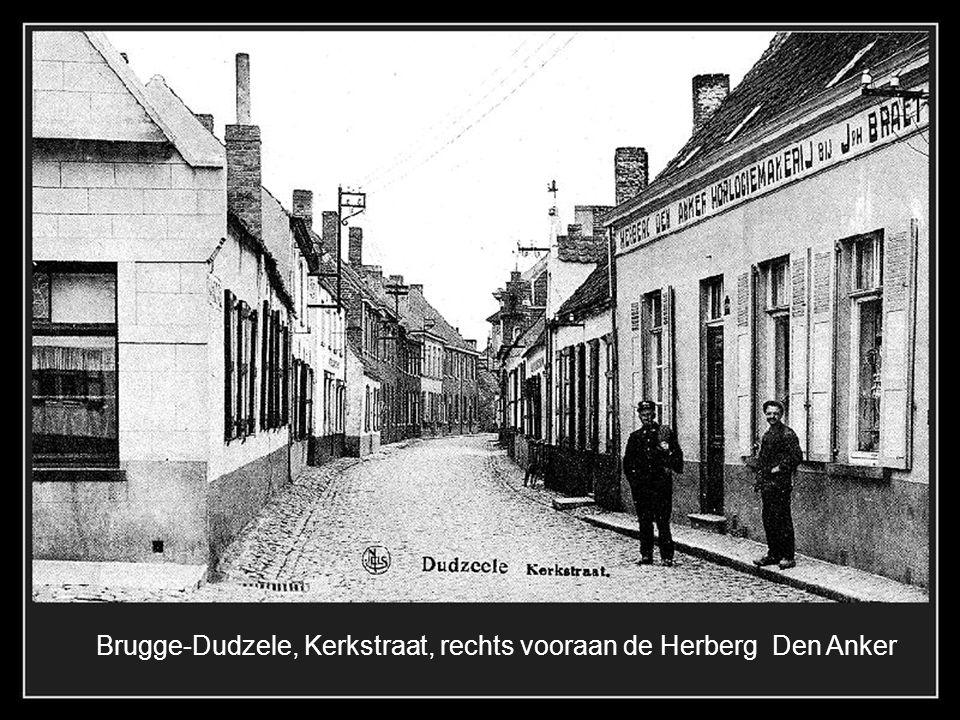1899 Brugge-Assebroek, Baron Ruzettelaan met het spoor van de stoomtram en links het bekende café Boldershof dat gesloopt werd in 1973.