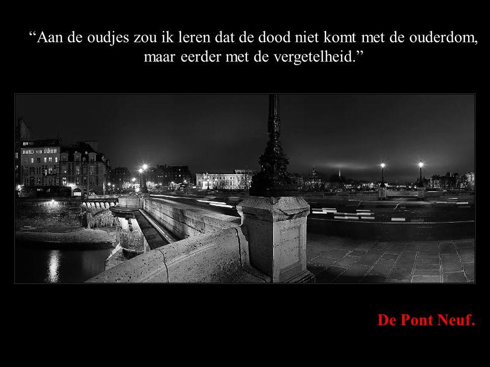 """Het stadhuis van Parijs. """"Ik zou een kind vleugels geven, maar het laten leren om alleen te vliegen."""""""