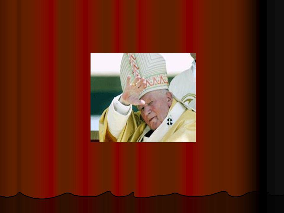 De priester spreekt eerst met het bejaarde echtpaar. De priester spreekt eerst met het bejaarde echtpaar.