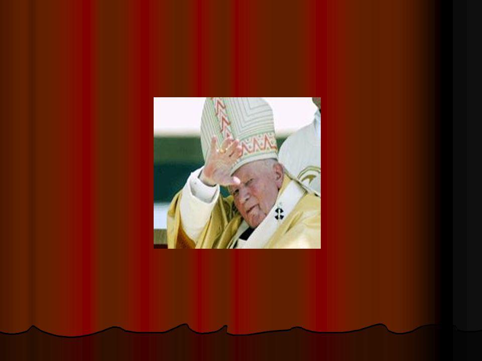 Vervolgens spreekt de priester met het echtpaar van middelbare Vervolgens spreekt de priester met het echtpaar van middelbare leeftijd.