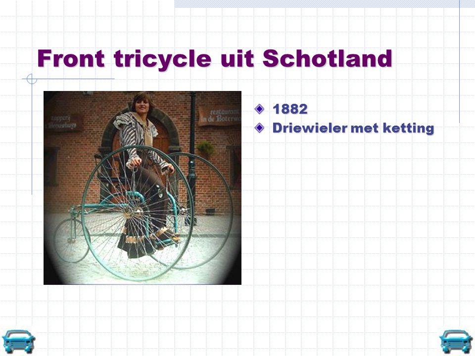 Front tricycle uit Schotland 1882 Driewieler met ketting