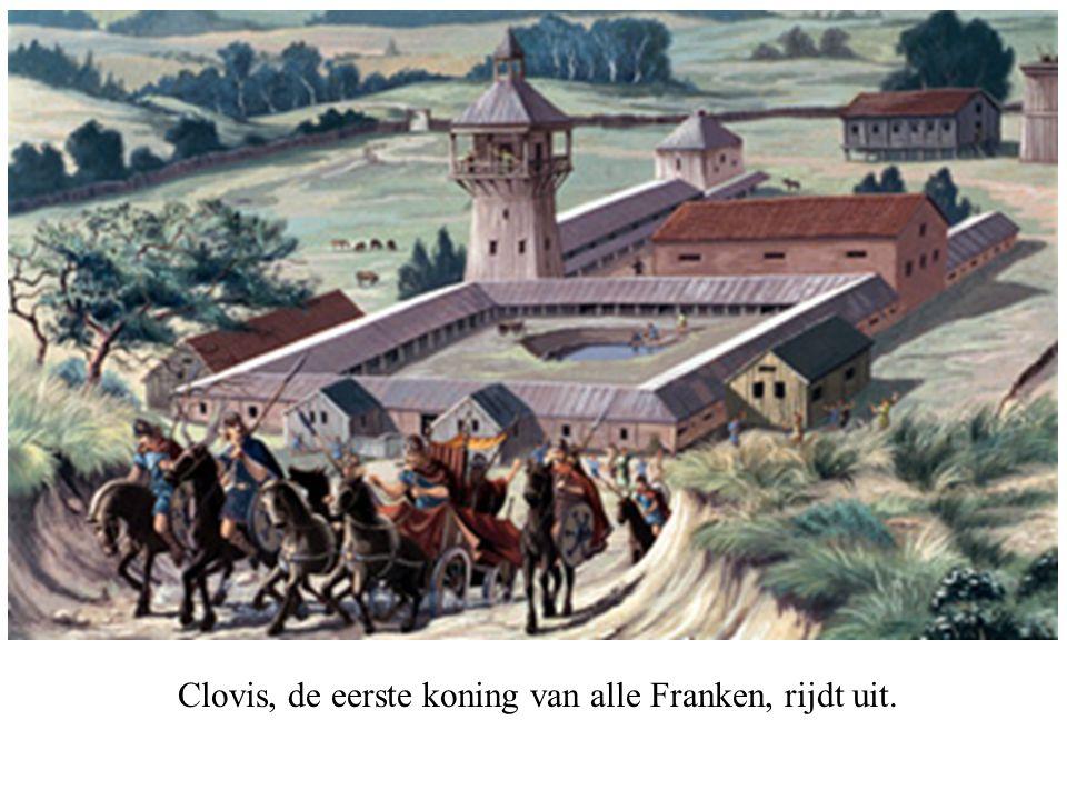 Clovis, de eerste koning van alle Franken, rijdt uit.
