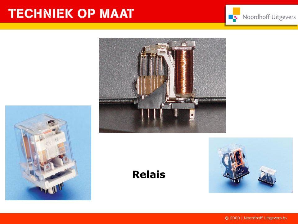 K1-2K1-3 - + Het relais in een schakeling S1 K1-1 S2 E1 E2 Laat S1 los en de rode lamp blijft AAN.
