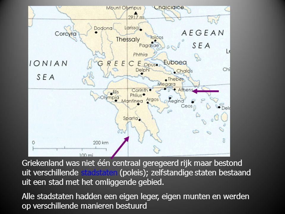 Griekenland was niet één centraal geregeerd rijk maar bestond uit verschillende stadstaten (poleis); zelfstandige staten bestaand uit een stad met het