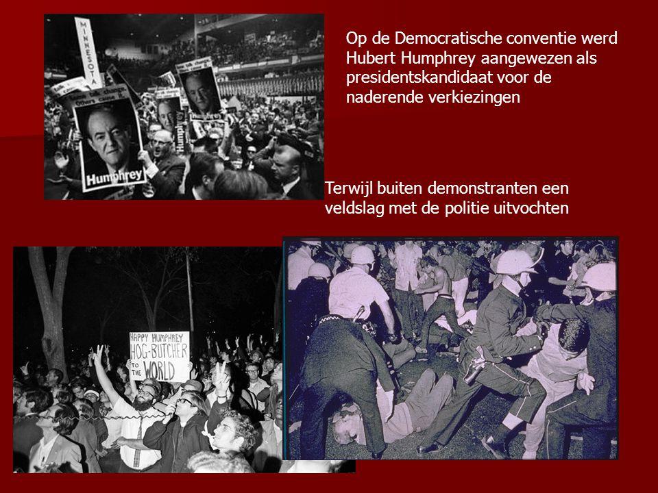 Op de Democratische conventie werd Hubert Humphrey aangewezen als presidentskandidaat voor de naderende verkiezingen Terwijl buiten demonstranten een