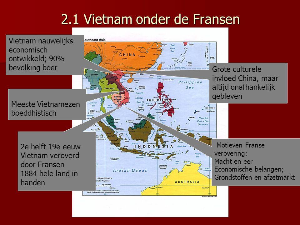 16.000 Franse militairen50.000 Vietminhstrijders Geholpen door 100.000 arbeiders die Chinees wapentuig over moeilijk begaanbare paden aanvoerden Slag bij Dien Bien Phu 13 maart tot 7 mei 1954 Fransen moeten de strijd opgeven Vietminh heeft nu grootste deel Vietnam in handen