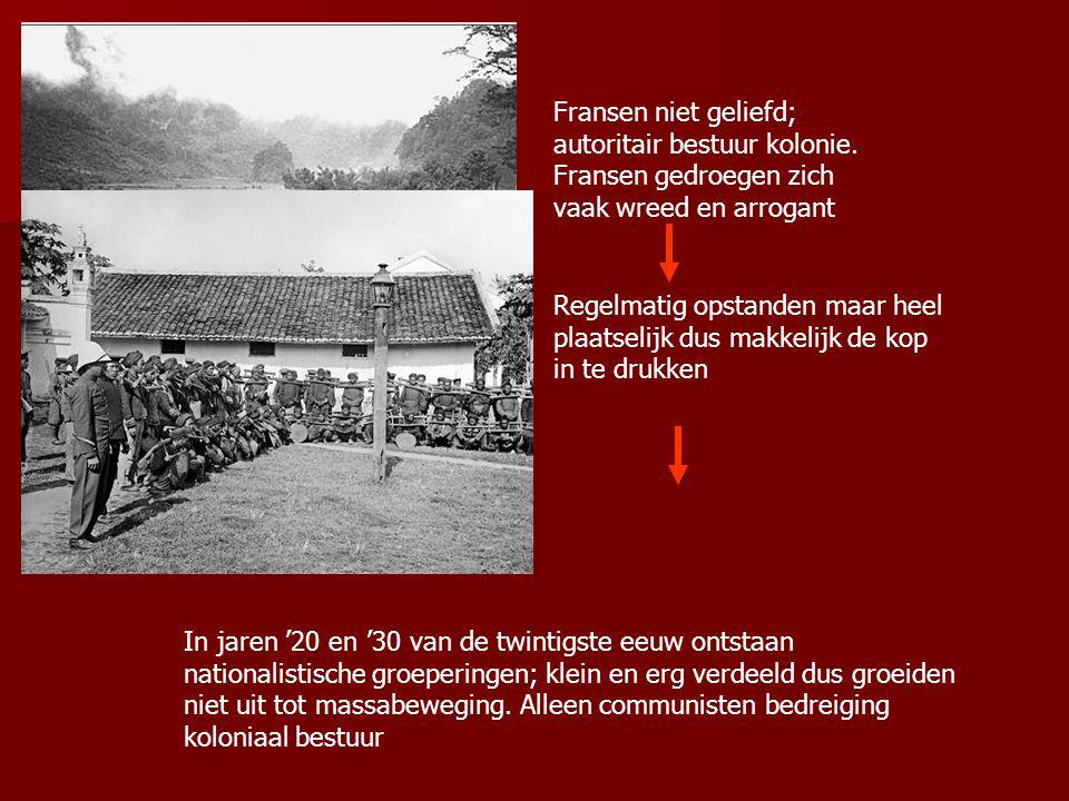 De Conferentie van Gen ève (1954) Doel; vrede in Indochina Akkoord ondertekend door Frankrijk, Noord- Vietnam en Zuid- Vietnam, Cambodja, Laos, China, SU en Engeland VS ondertekenen niet VS gaan met tegenzin naar Gen ève
