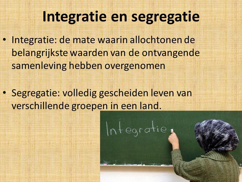 Drie visies op integratie Mozaïekscenario: De ene cultuur is niet per definitie beter dan de andere cultuur.
