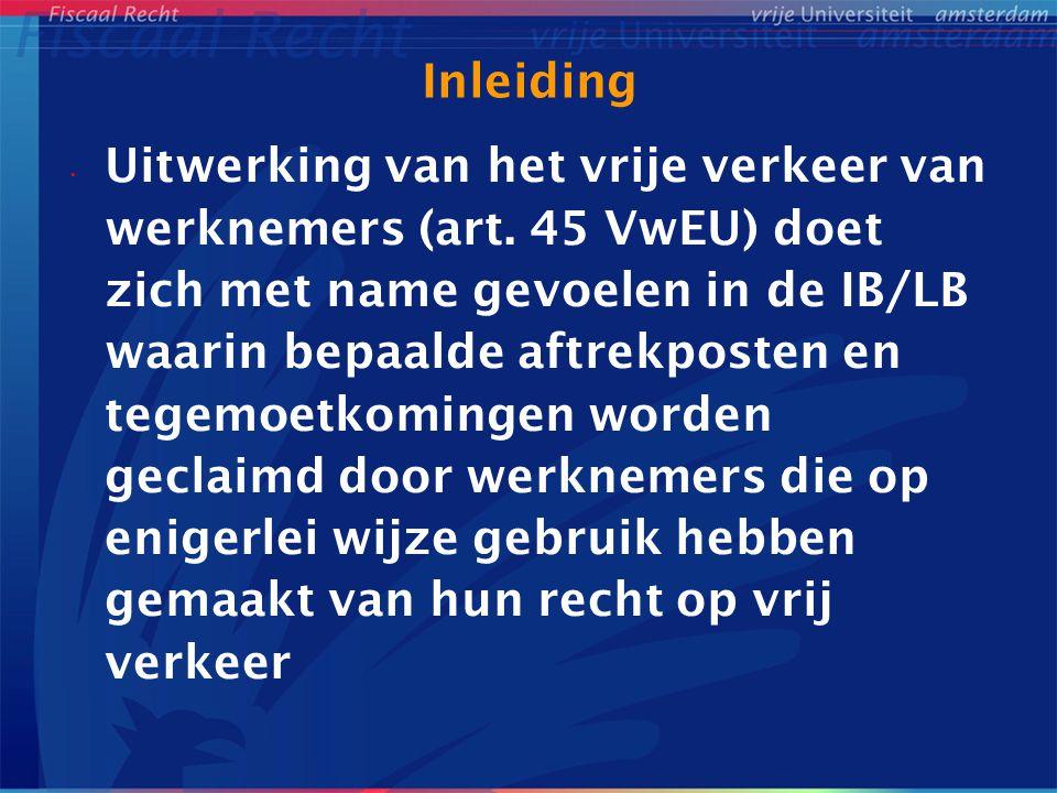 Emigrerende werknemers Biehl-arrest (8-5-1990, zaak C-175/88) Teruggave te veel ingehouden Luxemburgse LB -> binnenlandse bp gedurende gehele jaar -> indirecte discriminatie naar nationaliteit -> treft met name werknemers met een andere dan de Luxemburgse nationaliteit Geen rechtvaardiging -> eventueel voordeel bij werken in 2 landen NL wetgeving aangepast -> nu: 1 aanslag voor binnen- en buitenlandse bp -> art.