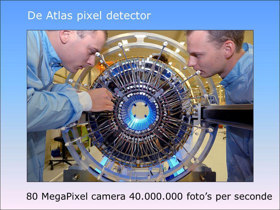 De Atlas SCT detector Foto in de cleanroom op het Nikhef (Amsterdam)